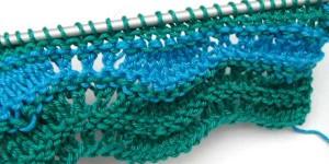 Einfaches Wellenmuster zweifarbig
