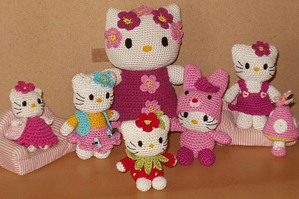 Amigurumi Kitty Anleitung : Hello Kitty Family
