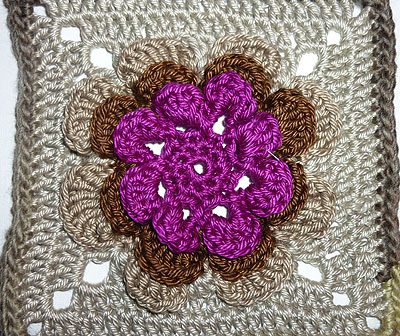 "Granny Square ""Irish Rose"""