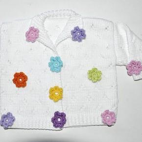 stricken-babyjacke-haekelblumen2