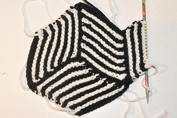 Stricken: Hexen-Ecken für coole Decken | Stricken und Häkeln mit eliZZZa