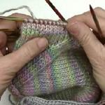 Wir stricken & häkeln einen Babypulli Raglan * Teil 3