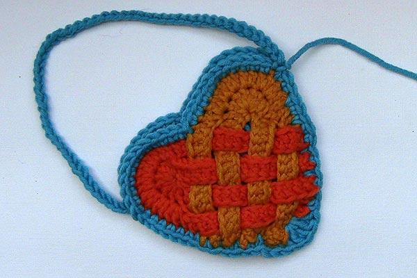 Häkeln: Herztäschchen geflochten | Stricken und Häkeln mit eliZZZa