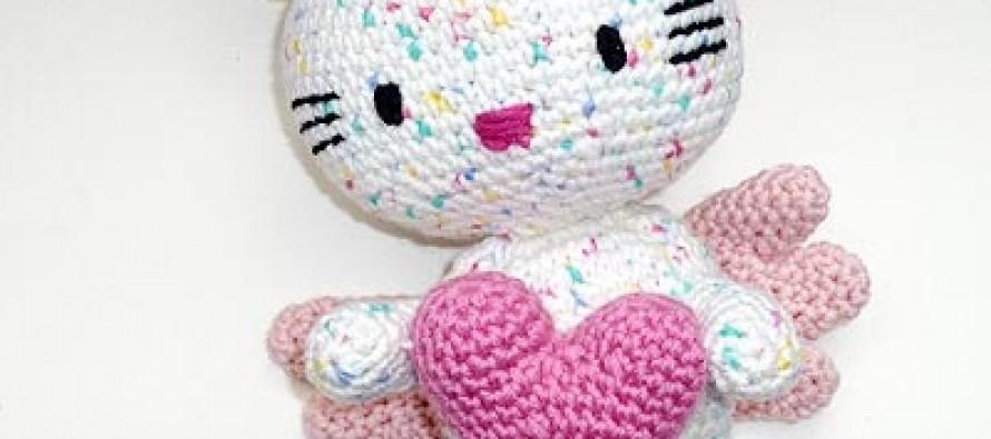 Häkelanleitung * Hello Kitty Engel mit Herz