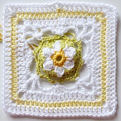 """Crochet Tutorial * Granny Square """"Springtime"""""""