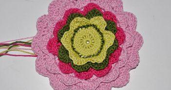 Häkeln * Blütenblätter Topflappen