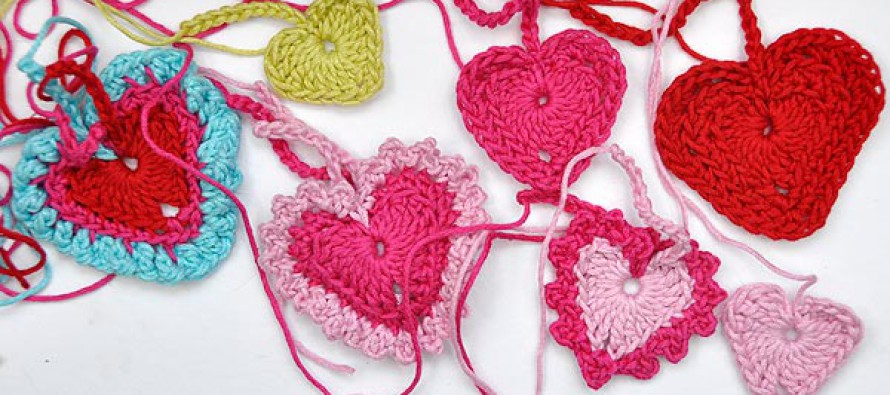 Crochet * Tiny Hearts in 3 different Sizes with Variations