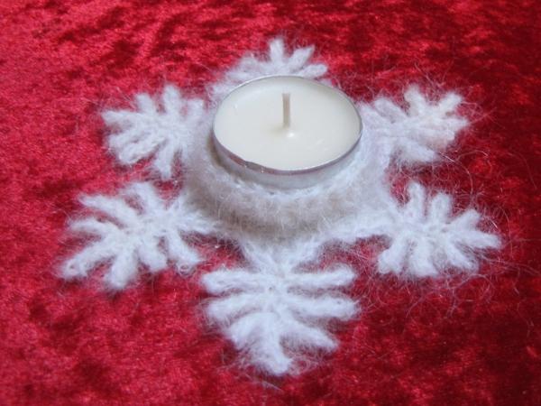 Kostenlose Häkelanleitung Teelichthalter Schneeflöckchen