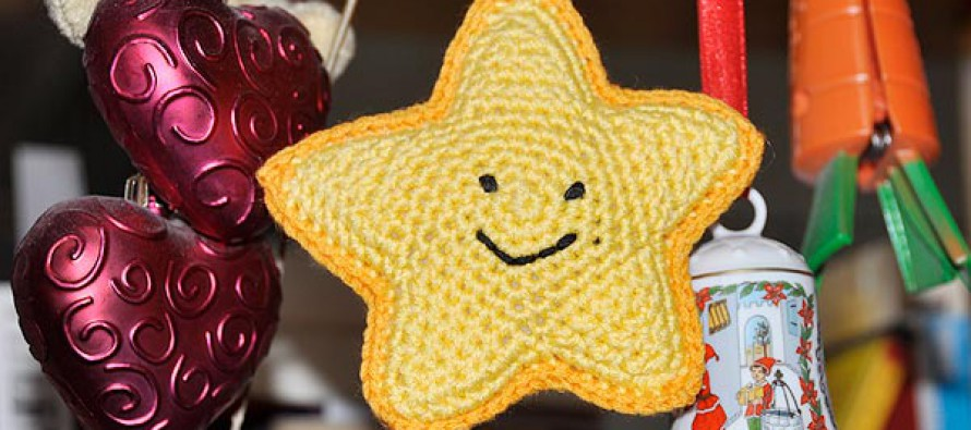 "Adventskalender * 6. Dezember * Amigurumi ""Happy Star"""