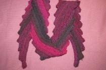 Schräg gestrickter Schal by Lila