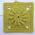 "nadelspiel Advent Calendar 2012 * December 11 * Granny Square ""Maya"""