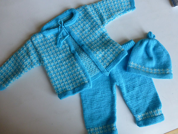 Strickanleitung * Baby-Ensemble \