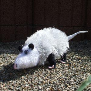Amigurumi Heidi das schielende Opossum