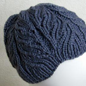 Strickmütze mit Lace-Zopf